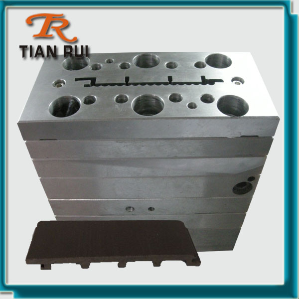 PE WPC wall panel mould