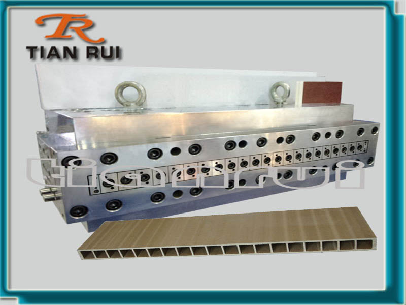 UPVC Wide Panel Mould