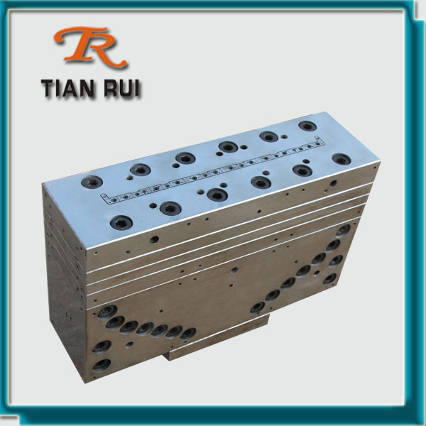 Window Sill Extrusion Mould